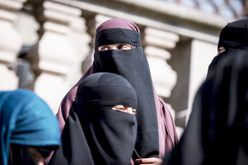 Denmark finally passes Law banning both Burqa and Niqab